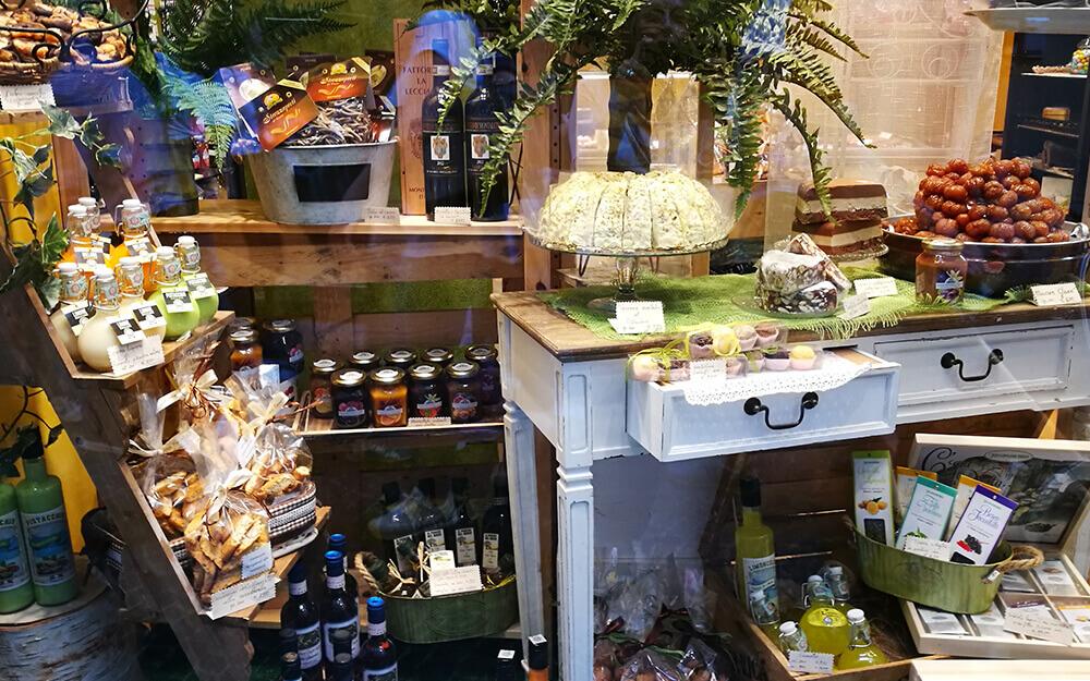 Tuscanyatheart_Culinary_Food_Lucca_artisan_chocolate_tasting_tour7