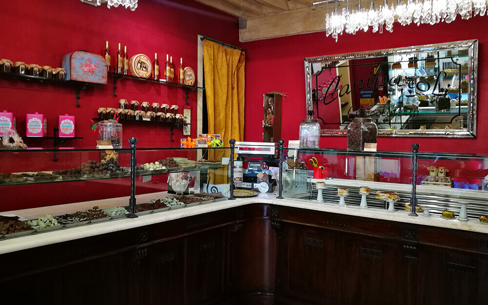 Tuscanyatheart_Culinary_Food_Lucca_artisan_chocolate_tasting_tour9