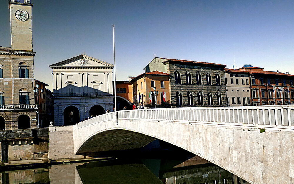 Tuscanyatheart_Pisa and the river2