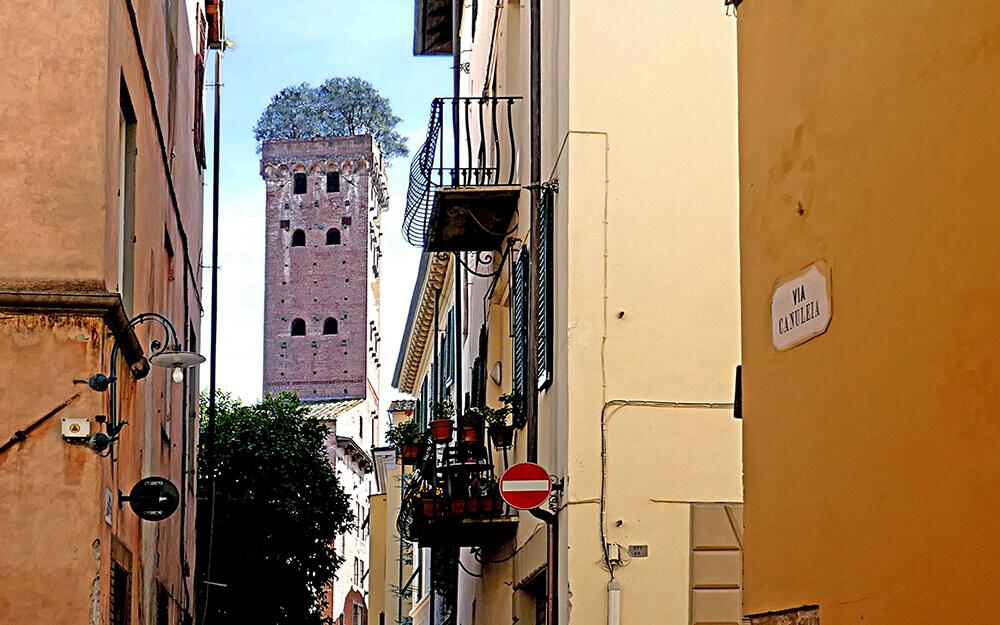 Tuscanyatheart_enigma in Lucca2