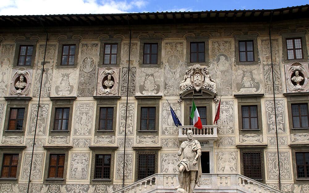 Tuscanyatheart_enigma in Pisa1