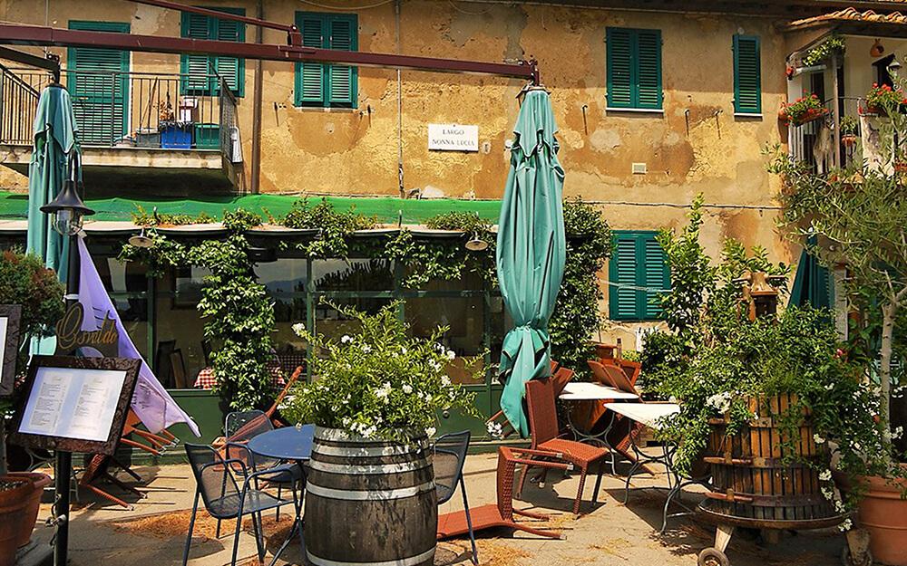 Tuscanyatheart_EXQUISITE WINE TASTING ON THE ETRUSCAN COAST15